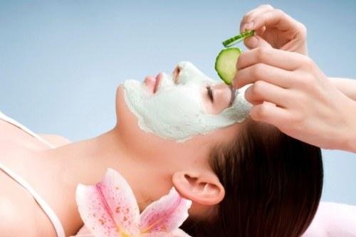 Masker untuk membersihkan wajah secara alami